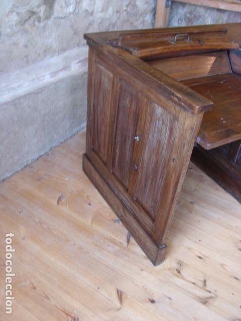 Antigüedades: Mueble Escritorio Escamoteable con Persiana para Máquina de Escribir. Dimensiones 78x110x73,5 cm. - Foto 6 - 115255743
