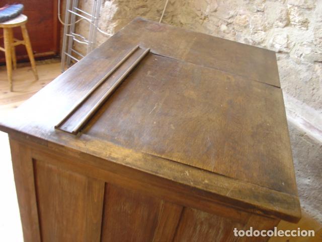 Antigüedades: Mueble Escritorio Escamoteable con Persiana para Máquina de Escribir. Dimensiones 78x110x73,5 cm. - Foto 8 - 115255743