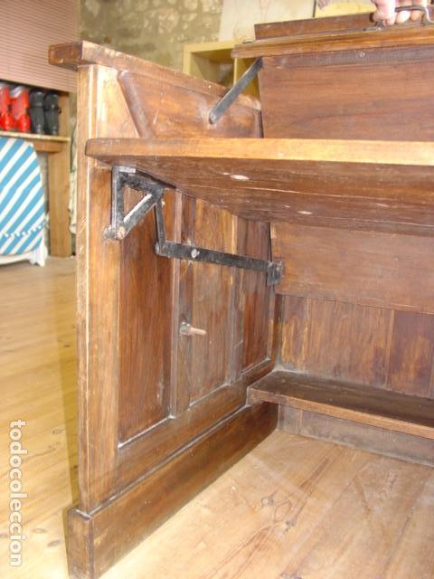 Antigüedades: Mueble Escritorio Escamoteable con Persiana para Máquina de Escribir. Dimensiones 78x110x73,5 cm. - Foto 9 - 115255743