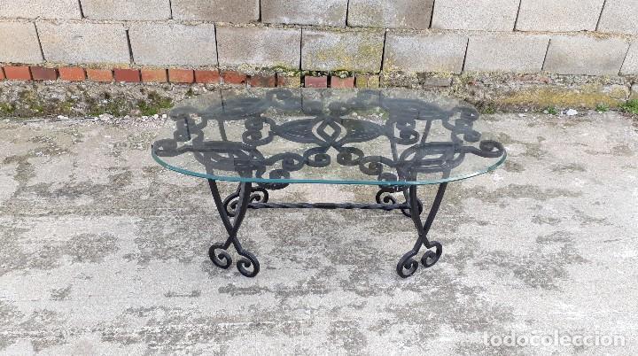 Antigüedades: Mesa antigua de hierro forjado, mesa auxiliar de forja, mesita de centro de salón terraza o jardín - Foto 2 - 115257367