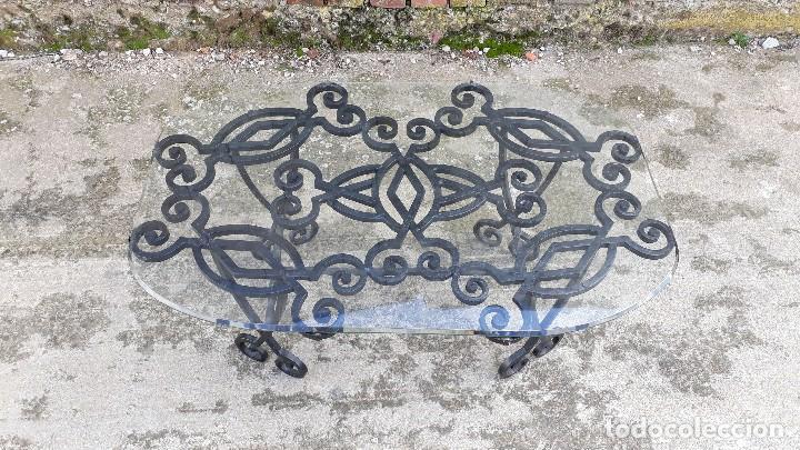 Antigüedades: Mesa antigua de hierro forjado, mesa auxiliar de forja, mesita de centro de salón terraza o jardín - Foto 3 - 115257367