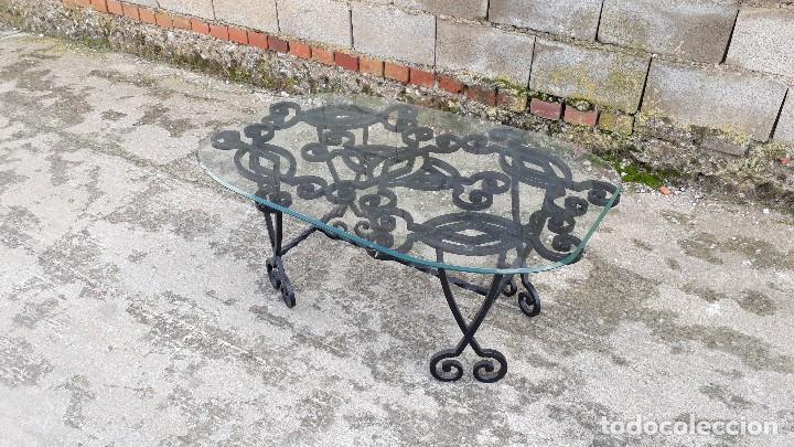 Antigüedades: Mesa antigua de hierro forjado, mesa auxiliar de forja, mesita de centro de salón terraza o jardín - Foto 4 - 115257367