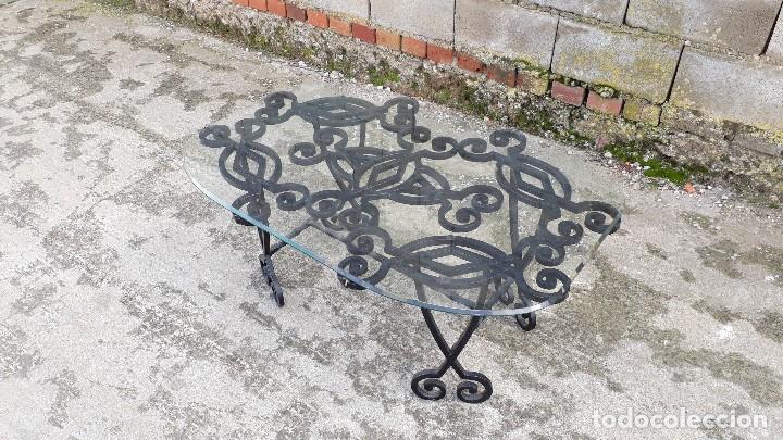 Antigüedades: Mesa antigua de hierro forjado, mesa auxiliar de forja, mesita de centro de salón terraza o jardín - Foto 7 - 115257367
