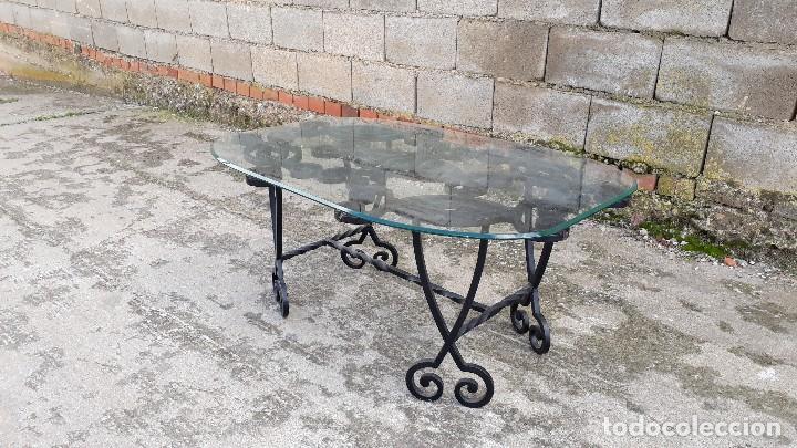 Antigüedades: Mesa antigua de hierro forjado, mesa auxiliar de forja, mesita de centro de salón terraza o jardín - Foto 8 - 115257367