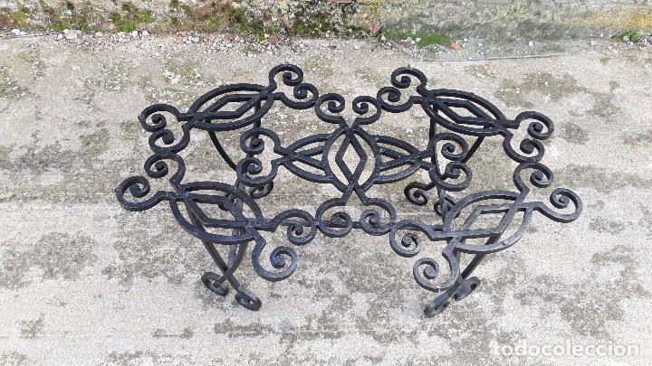 Antigüedades: Mesa antigua de hierro forjado, mesa auxiliar de forja, mesita de centro de salón terraza o jardín - Foto 14 - 115257367