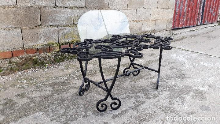 Antigüedades: Mesa antigua de hierro forjado, mesa auxiliar de forja, mesita de centro de salón terraza o jardín - Foto 20 - 115257367