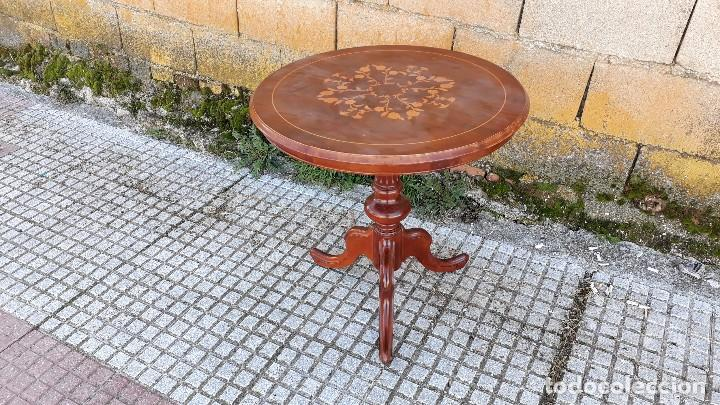 Antigüedades: Mesa velador antigua con marquetería estilo isabelino, mesa auxiliar, velador antiguo - Foto 8 - 115259631