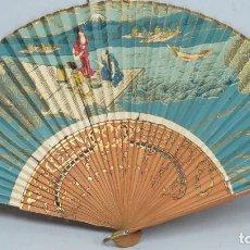 Antigüedades: ANTIGUO ABANICO LITOGRAFIADO CON VARILLAJE BAMBU. JAPON. SIGLO XIX. Lote 115275255
