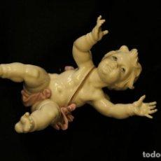 Antigüedades: ANGELITO TROMPI EN AUTENTICA PORCELANA ALGORA DOCUMENTADA. PERFECTO ESTADO. Lote 115291975