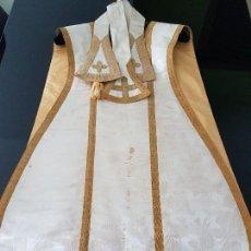 Antigüedades: CASULLA Y MANIPULOS DE PRINCIPIOS DEL S.XX .VALENTIN CADEROT. Lote 115294655