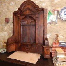 Antigüedades: BELLA HORNACINA DE NOGAL XVIII XIX. Lote 115336143