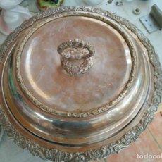 Antiguidades: SOPERA. METAL PLATEADO. CINCELADO. ESTILO BARROCO. ESPAÑA. HACIA 1950.. Lote 141338141