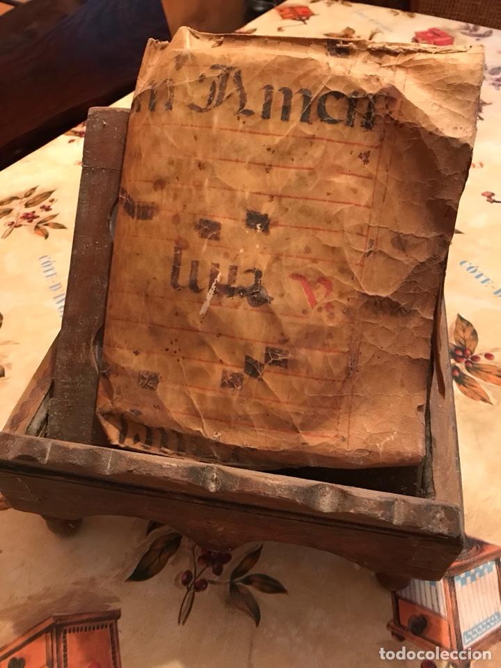Antigüedades: Atril de lectura religioso - Foto 2 - 115399394
