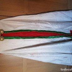 Antigüedades: ANTIGUA CAPA PLUVIAL Y DEMÁS. . Lote 102485563