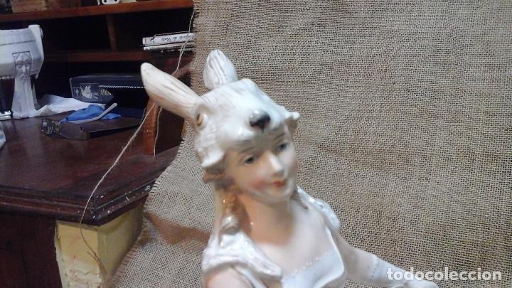 Antigüedades: Dama-florero con piel de conejo . . Marcada Heubach 1882-1905. Schutz-marke ( dep) - Foto 13 - 131085468