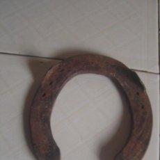 Antigüedades: HERRADURA MILITAR DE LENGÜETAS O PESTAÑAS EMPLEADA POR LA CABALLERÍA FRANCESA EN MARRUECOS. Lote 115514843