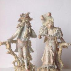 Antigüedades: ANTIGUA PAREJA DE PORCELANAS BISCUIT ,ORIGINALES FRANCESAS DEL SIGLO XIX . Lote 115516411