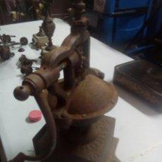 Antigüedades: ANTIGUO MOLINO DE CAFE PEUGEOT SIGLO XLX. Lote 115525032