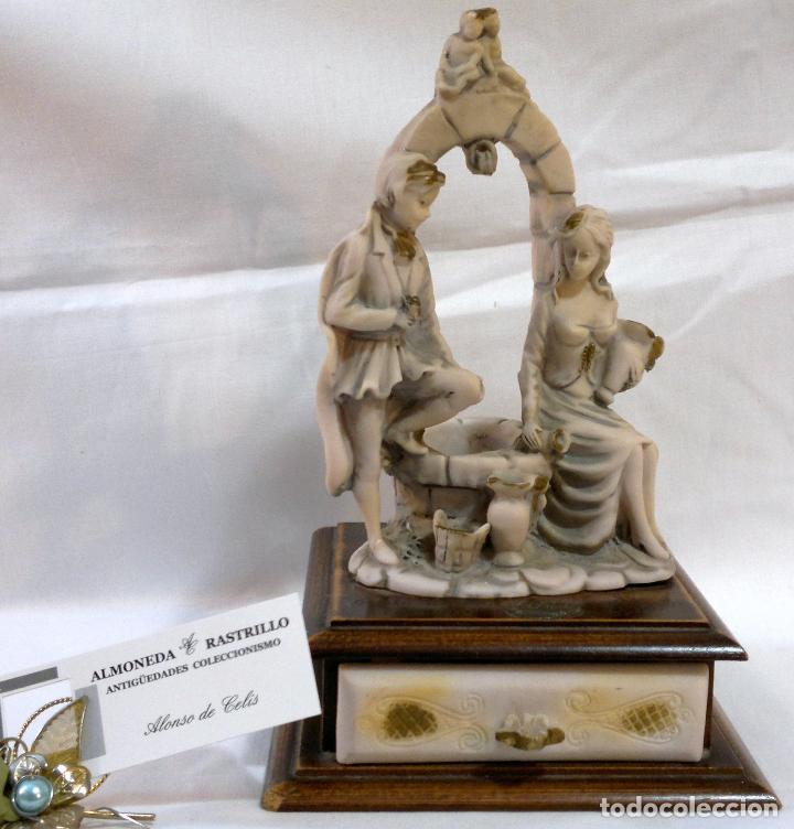 Antigüedades: ANTIGUA CAJA-JOYERO EN MADERA Y MARFILINA. -DEL VECCHIO- RCDO. DE ESTA FAMILIA DE BILBAO. - Foto 2 - 115529215