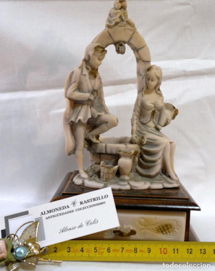 Antigüedades: ANTIGUA CAJA-JOYERO EN MADERA Y MARFILINA. -DEL VECCHIO- RCDO. DE ESTA FAMILIA DE BILBAO. - Foto 13 - 115529215