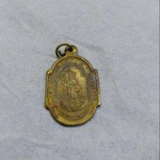 Antigüedades: MEDALLA RELIGIOSA ANTIGUA SAN BENITO FUNDADOR - NUESTRA SEÑORA DE MONTSERRAT. Lote 115530422