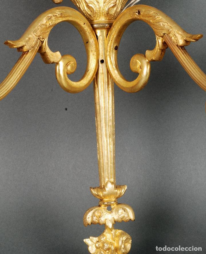 Antigüedades: Pareja de apliques bronce dorado y medallón estilo Luis XVI recien cableados - Foto 3 - 115551959