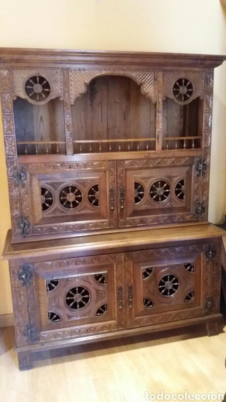 MUEBLE APARADOR DE ESTILO BRETÓN (Antigüedades - Muebles Antiguos - Aparadores Antiguos)