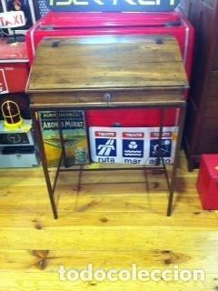 Antigüedades: Mueble auxiliar de roble con cerradura y llave. Antiguo comercio. - Foto 3 - 113390319