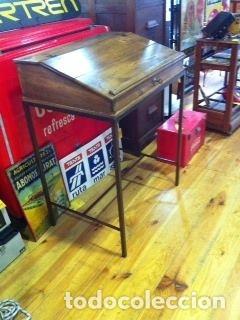 Antigüedades: Mueble auxiliar de roble con cerradura y llave. Antiguo comercio. - Foto 2 - 113390319