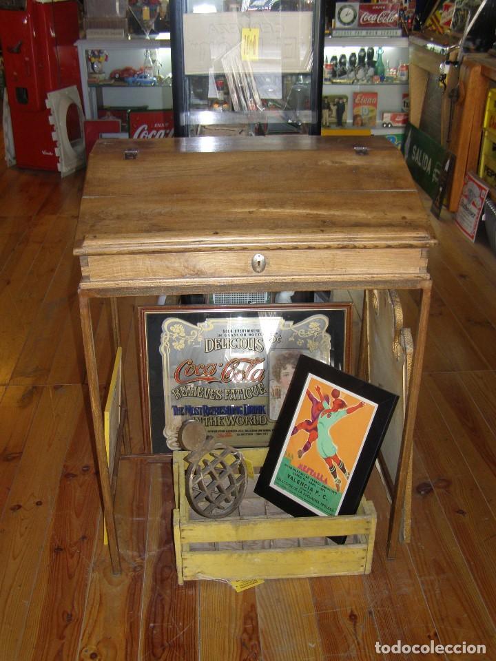 Antigüedades: Mueble auxiliar de roble con cerradura y llave. Antiguo comercio. - Foto 5 - 113390319