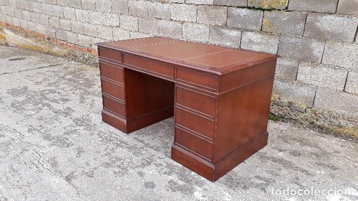 Antigüedades: Escritorio antiguo estilo inglés. Mesa de despacho antigua cuero marrón. - Foto 15 - 115624943