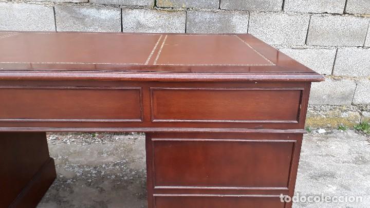 Antigüedades: Escritorio antiguo estilo inglés. Mesa de despacho antigua cuero marrón. - Foto 16 - 115624943