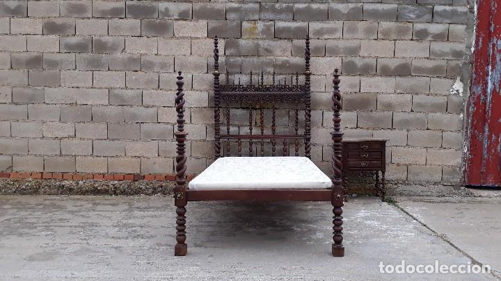 Antigüedades: Cama antigua portuguesa estilo Luis XIII barroco gótico o renacimiento rústico cabecero antiguo - Foto 4 - 115626223