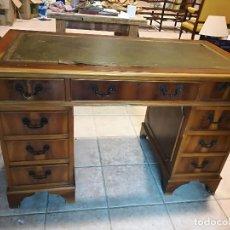 Antiquités: MESA DE DESPACHO INGLESA CON SOBRE EN PIEL. Lote 115686331