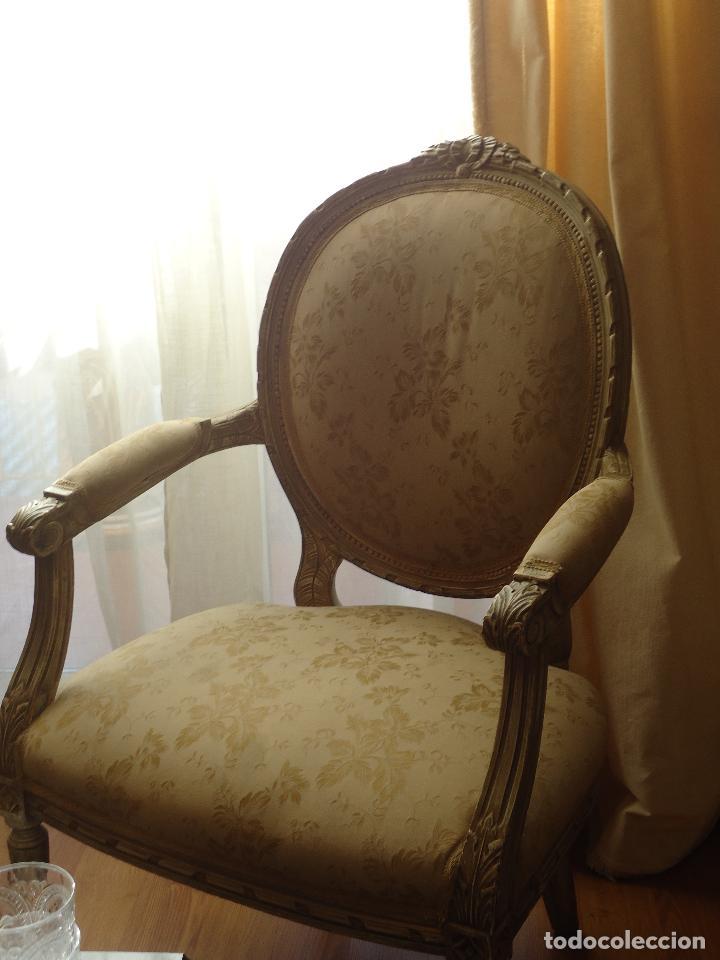 SILLÓN FRANCÉS ESTILO LUIS XVI, DECAPÉ ENVEJECIDO. (Antigüedades - Muebles Antiguos - Sillones Antiguos)