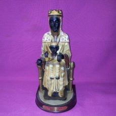 Antigüedades: FIGURA DE LA VIRGEN DE MONTSERRAT - EN FIBRA DE VIDRIO ORIGINALE DOMINE . Lote 115868811