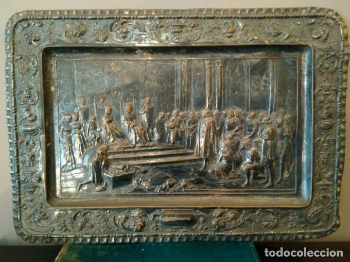 Antigüedades: BANDEJA COBRE - COLON ANTE LOS REYES CATÓLICOS AL REGRESO DEL PRIMER VIAJE - CON SELLO - Foto 3 - 115885999