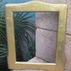 Antigüedades: PEQUEÑO MARCO DE MADERA CON PAN DE ORO. Lote 115916251