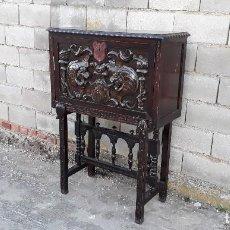 Antigüedades: BARGUEÑO ANTIGUO ESTILO RENACIMIENTO O RENACENTISTA, PAPELERA O ARQUIMESA ANTIGUA, MUEBLE AUXILIAR. Lote 115956931