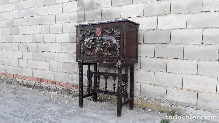 Antigüedades: Bargueño antiguo estilo renacimiento o renacentista, papelera o arquimesa antigua, mueble auxiliar - Foto 4 - 115956931