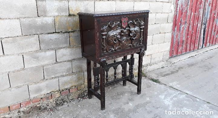 Antigüedades: Bargueño antiguo estilo renacimiento o renacentista, papelera o arquimesa antigua, mueble auxiliar - Foto 6 - 115956931