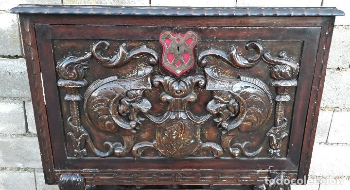 Antigüedades: Bargueño antiguo estilo renacimiento o renacentista, papelera o arquimesa antigua, mueble auxiliar - Foto 7 - 115956931