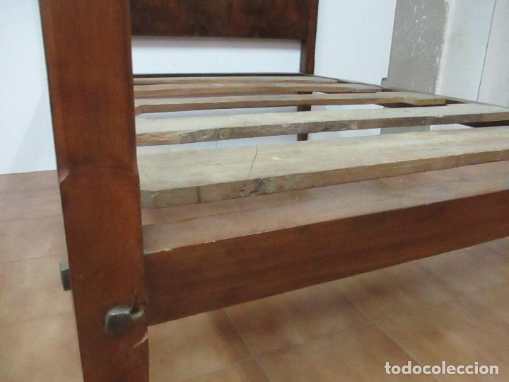 Antigüedades: Curiosa Cama - Estilo IV - Madera Nogal - Bastidor Original - Finales S. XVIII - Foto 13 - 116115447