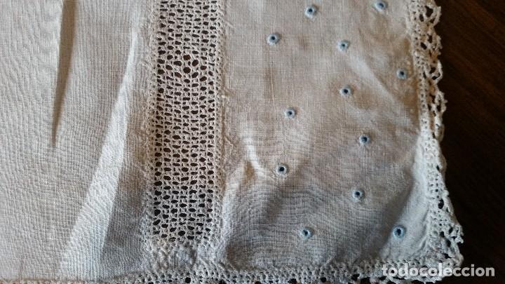 Antigüedades: Tapete de hilo, encaje y bordados - Foto 3 - 116134811