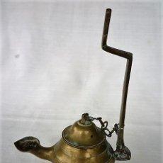 Antigüedades: CANDIL, ANTIGUA LAMPARA DE ACEITE EN BRONCE. Lote 116153651