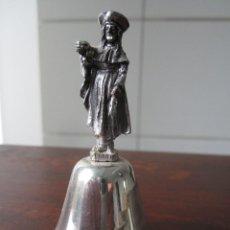 Antigüedades: CAMPANILLA CON FIGURA DE SANTO. Lote 116192527