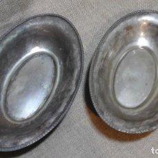 Antigüedades: PAREJA DE PANERAS PLATEADAS . AÑOS 50 . Lote 116222871