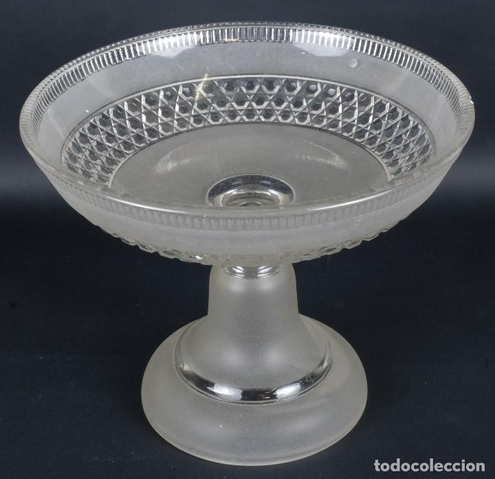 CENTRO DE MESA EN CRISTAL DE BACCARAT? SIGLO XIX (Antigüedades - Cristal y Vidrio - Baccarat )