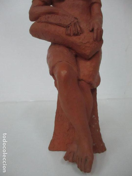 Antigüedades: Joven Figura - Puntaire - Encajera - Terracota - Firma Camps - Foto 10 - 116304371