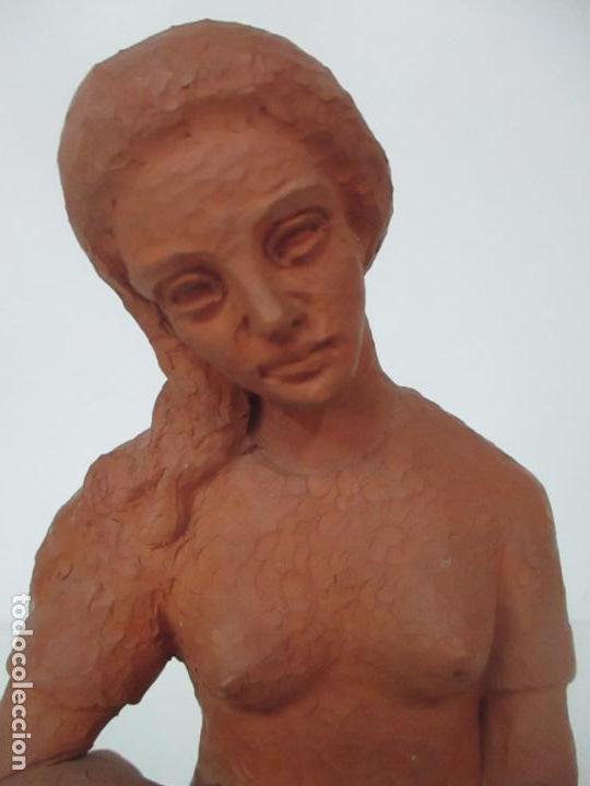 Antigüedades: Joven Figura - Puntaire - Encajera - Terracota - Firma Camps - Foto 13 - 116304371